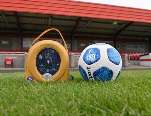 NIFL to supply Glenavon with new defibrillator