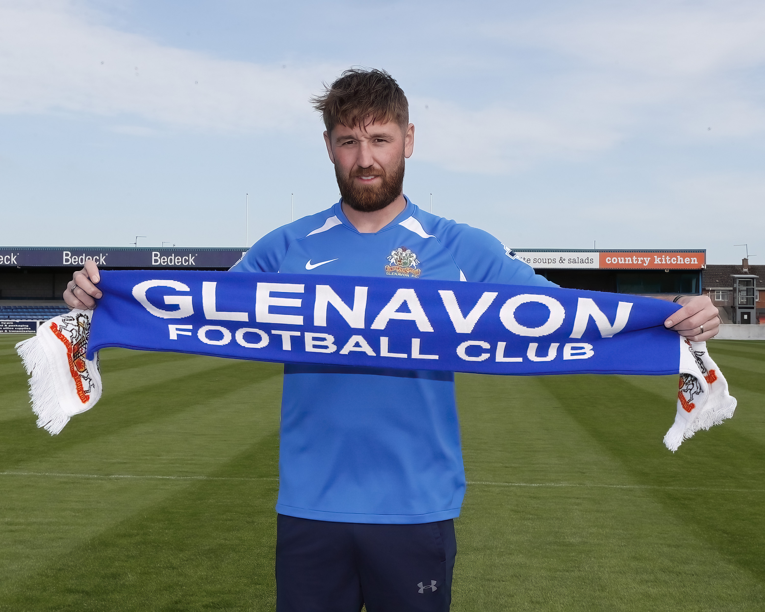 EXCLUSIVE: Mark joins the Glenavon playing Staff
