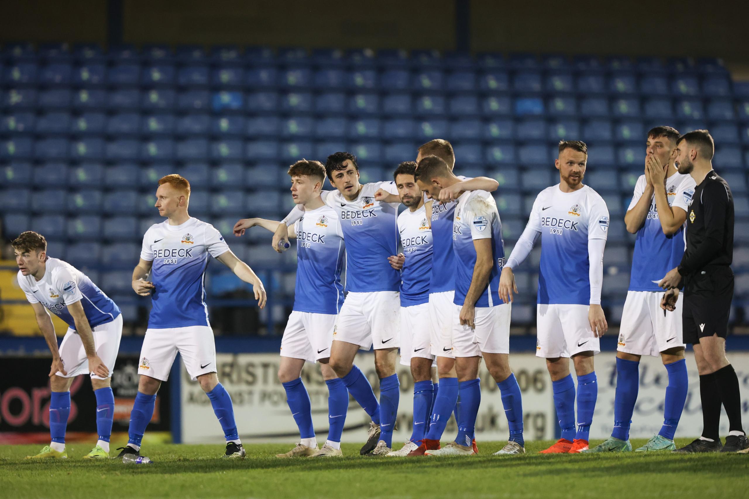 MATCH REPORT: Glenavon 2-2 Glentoran (Glentoran win 5-4 on penalties)